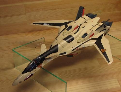 VF-19AD_02.jpg