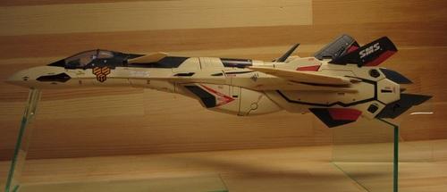 VF-19AD_03.jpg