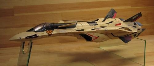 VF-19AD_11.jpg