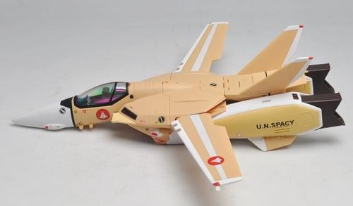 VF-1J_401_03.jpg