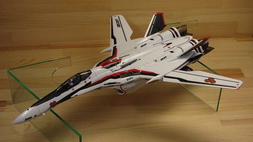 VF-25F_01.jpg